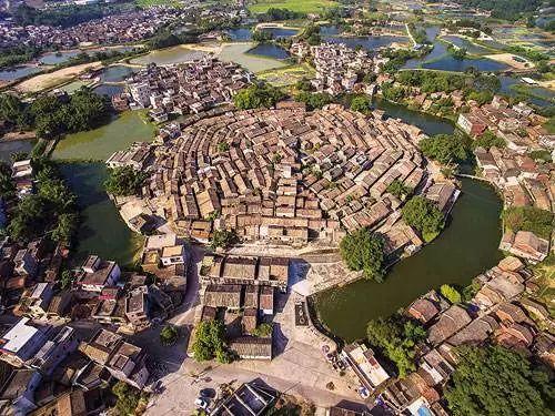 2018中国开启城镇化3.0版 城市资源产业要素向外扩散