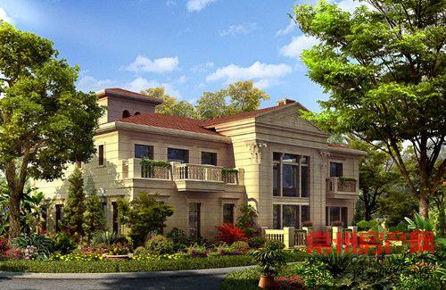 九龙仓凤凰湖墅,在一湾凤凰湖畔,以盛大的园林景观,纯粹的法式建筑